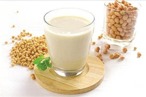 Những lợi ích quan trọng khi sử dụng sữa đậu nành
